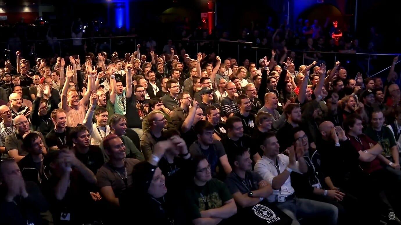Annuncio - 2017-Crowd.jpg